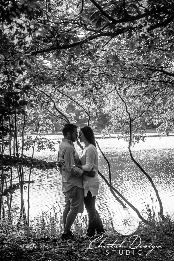 Livingston Park Engagement Photos