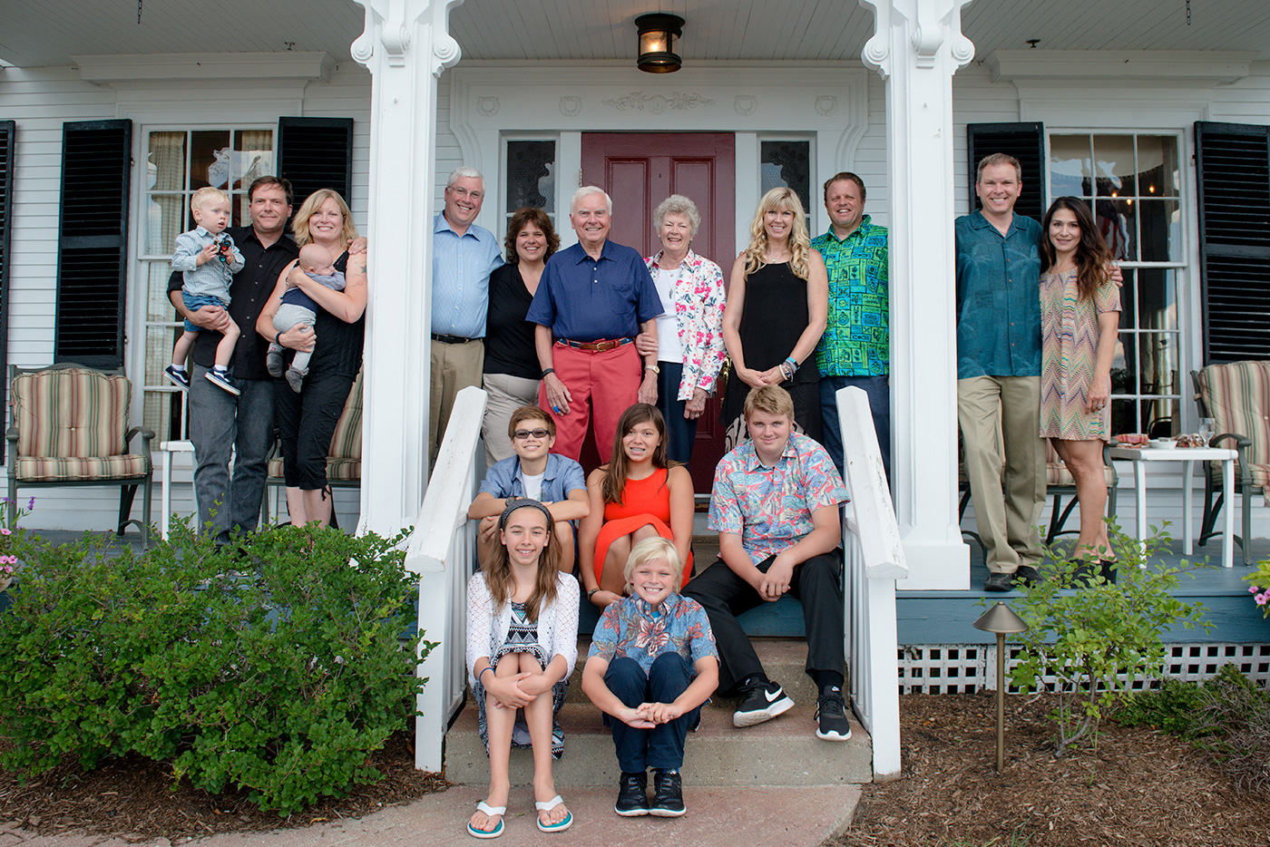 hire a photographer your next family reunion